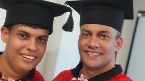 Pai e filho com autismo concluem faculdade de Direito juntos no ES